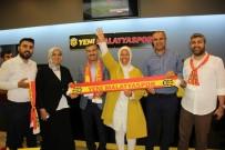 ÖZNUR ÇALIK - 'Şehrini Sev, Lisanslı Ürün Giy' Kampanyasına Destek