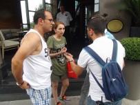 GÜVEN TİMLERİ - Taksici Turist Müşterilerini Gasp Edip Kaçtı