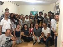 YABANCI ÖĞRENCİLER - Yabancı Öğrencilerden Türkü Ziyafeti
