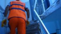 AVCILAR BELEDİYESİ - Avcılar'da Çöp Ev Operasyonu