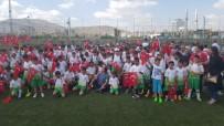 FOTOĞRAF SERGİSİ - Başkan Akay'dan Yaz Spor Okulları Kapanışında Spor Salonu Müjdesi