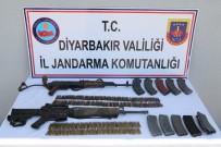 Diyarbakır'da Teröre Darbe Üzerine Darbe Açıklaması 2 Terörist Öldürüldü