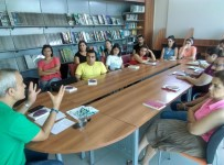 ARAŞTIRMACI - Göl Yazıevi Prof. Dr. Atılgan'ın Çalışmalarına Ev Sahipliği Yapıyor