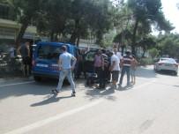 Jandarma Aracı Kaza Yaptı Açıklaması 2 Yaralı