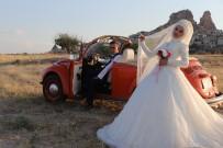 YERLİ TURİST - Kapadokya Gelin Ve Damat Çekimlerinin Vazgeçilmez Mekanı Oldu