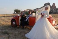 YERLİ TURİST - Kapadokya Gelin Ve Damat Çekimlerinin Vazgeçilmezi Oldu
