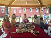 AİLE DANIŞMA MERKEZİ - Kırklareli Valisi Bilgin, İnşaatı Süren Kızılay Şube Binasında İncelemelerde Bulundu