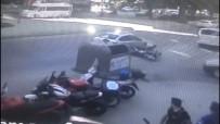 KADIN SÜRÜCÜ - (Özel) İstanbul'da Motosikletlinin Ölümden Döndüğü An Kamerada