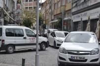 TAKSİ ŞOFÖRÜ - Park Terörü Ara Sokaklarda Geçiş Hakkı Vermiyor
