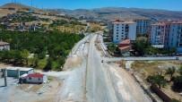 UĞUR POLAT - Polat Yeşilçam Caddesindeki Çalışmaları İnceledi