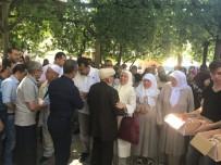 SEYFULLAH - Şaphaneli Hacı Adayları Uğurlandı