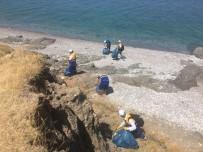 DEVLET DEMIR YOLLARı - Tuşba Belediyesi'nden Sahil Temizliği