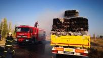 Aksaray'da Kağıt Balyası Yüklü Tırda Yangın