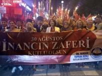 AVCILAR BELEDİYESİ - Avcılar'da 30 Ağustos Kutlamaları İçin Zafer Meşalesi Yakıldı