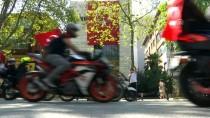 DOLMABAHÇE SARAYı - Bin Motosikletliden 'Zafer Sürüşü'