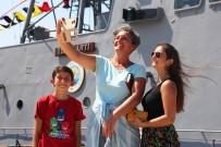 GAZİ YAKINI - Bodrum'da Savaş Gemisine Akın Ettiler