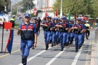 ZÜLKIF DAĞLı - Düzce'de 30 Ağustos Coşkuyla Kutlandı