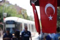 RESMİ TÖREN - Eskişehir Sokaklarında Bayrak Seli