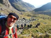 Hakkari CİSAD Üyeleri 3932 Rakımlı Kaçkar Dağına Tırmandılar