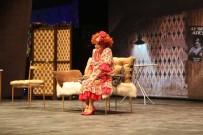 SELAMİ ŞAHİN - Kuşadası'nda 'Seninle Başım Dertte' Müzikali Sahnelendi