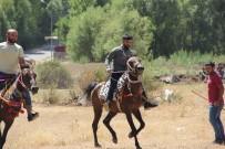 Solhan'da Yöresel At Yarışları İle Çifte Kutlama