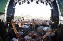 BÜLENT ORTAÇGİL - Türkiye'nin en büyük rock festivali başladı