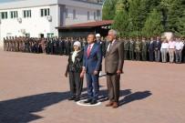 Vali Sonel, Şehit Annesiyle Birlikte Atatürk Anıtına Çelenk Koydu