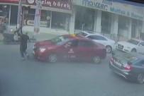 TİCARİ TAKSİ - (Özel) Taksici Yayaya Çarptı, Metrelerce Havaya Böyle Savurdu