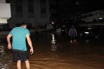 Trabzon'da Şiddetli Yağış Sele Neden Oldu