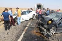 Diyarbakır'da trafik kazası: 1 ölü, 2'si ağır 9 yaralı