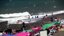 BOĞULMA VAKASI - Akçakoca Sahilinde Boğulmalara Karşı Önlem
