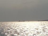 MARSHALL ADALARI - Aliağa'da 6 Bin 221 Grostonluk Dev Gemide Yangın