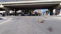 RUHSATSIZ SİLAH - Amca-Yeğen Kavgasında 4 Kişi Silahla Yaralandı