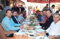 YAĞMURLU - Başkan Aktepe Halk Sofrasında