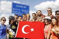 Çorum'dan Getirilen Türk Bayrağı Çankırı'da