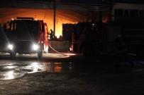 ANTAKYA - Hatay'da Plastik Kasa Fabrikasında Yangın