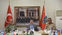 İl Jandarma Komutan'ı Şahin'e Veda Yemeği