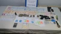 YUNUS TİMLERİ - Kilometrelerce Kovalanan Aracın Her Yerinden Uyuşturucu Çıktı
