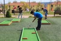 GOLF SAHASI - Odunpazarı'nda Çocuklar Mini Golfle Tanıştı
