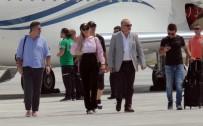 TEZAHÜRAT - Paris Hilton KKTC'de