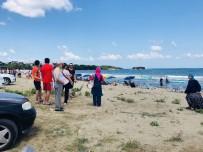 MEHMET YıLDıZ - Sinop'ta 2 Kişi Boğulma Tehlikesi Geçirdi