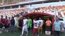 MESUT ÖZİL - Yeni Malatyasporlu Futbolculardan Mesut Özil'e Destek