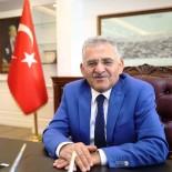 EKREM ÖZTÜRK - Başkan Büyükkılıç, Dünya Şampiyonu Güreşçi Ekrem Öztürk'ü Tebrik Etti
