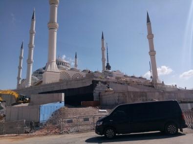 Erdoğan Çamlıca Camii'nde incelemelerde bulundu