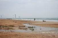 ÇOLAKLı - Manavgat'ta Denize Dökülen Atık Sular Tatilcileri Rahatsız Ediyor