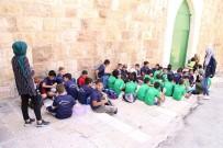 KUDÜS - Mescidi Aksa'nın Avlusundan Filistin İçin Şarkılar Söyledi