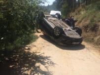 Şarampolden Yuvarlanan Otomobil Canlı Yayın Yapan Gençlerin Üzerine Düşüyordu