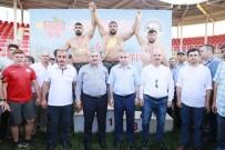 İLYAS ŞEKER - Taşköprü Yağlı Güreşleri'ni Recep Kara Kazandı
