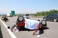 BALCı - Tıra Çarparak Takla Atan Otomobilde 1 Kişi Öldü 4 Kişi Yaralandı