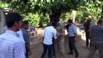 SELAHADDIN EYYUBI - Alay Komutanı Albay Süslü Şehit Ailesini Ziyaret Etti
